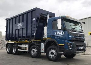 LKM Recycling Lorry & Container