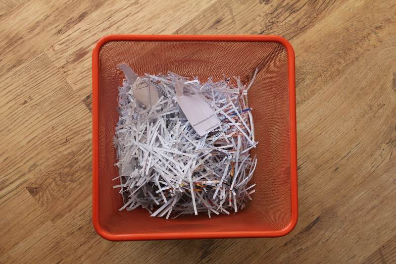 What to Consider When Reducing, Recycling and Disposing of Paper in the Office